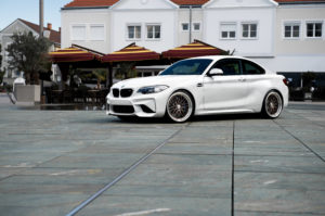 BMW M2 Dotz Revvo