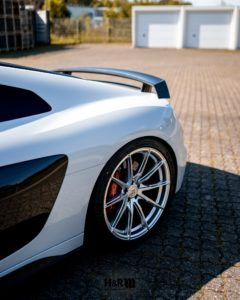 lowered Audi R8